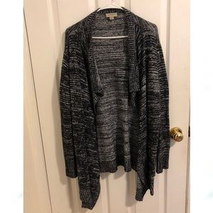 Cozy Avenue Cardigan - size 18/20